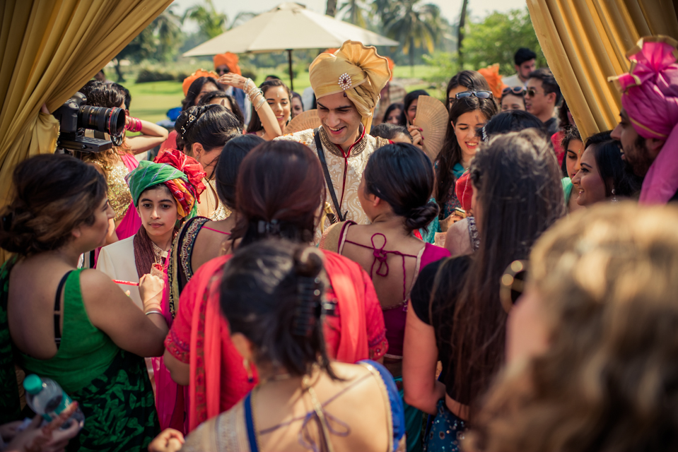 candid goa wedding photographer